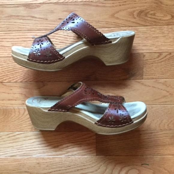 cdc3c5f341ac Dansko Shoes - Dansko Brown Leather Sandals Pump Heels 38
